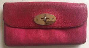 a mulberry cartero cerradura cartera rosa brillante anunciado