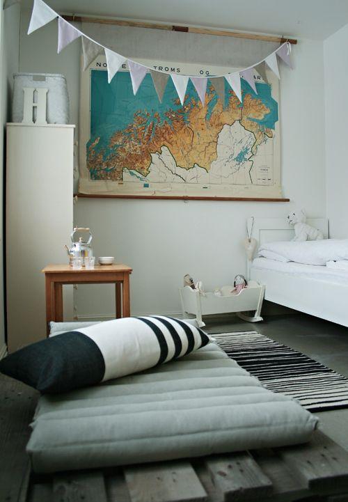 Vintage Kids Room Map Jugendzimmer Teenager Room Pinterest