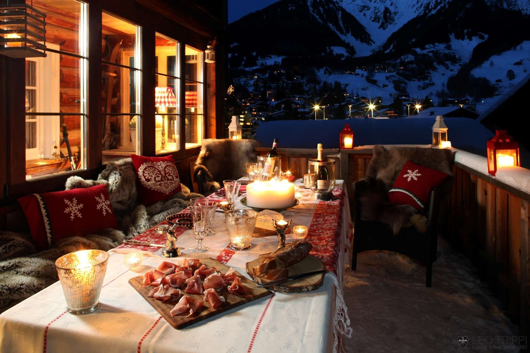 Lovely for a winter dinner deck party celebrations ski chalet
