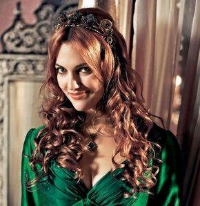 Meryem Uzerli Biyografisi Tvyo Ile Ucretsiz Izle Aktrisler Unluler Kadin