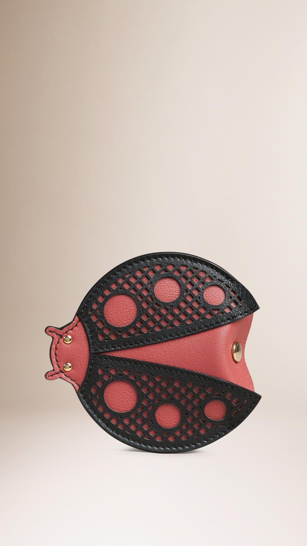 Münzbörse aus lasergeschnittenem Leder im Marienkäferdesign Antikrosa | Burberry
