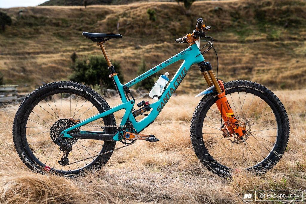 10 Pro Bikes From The Nz Enduro Pro Bike Bike Bicycle