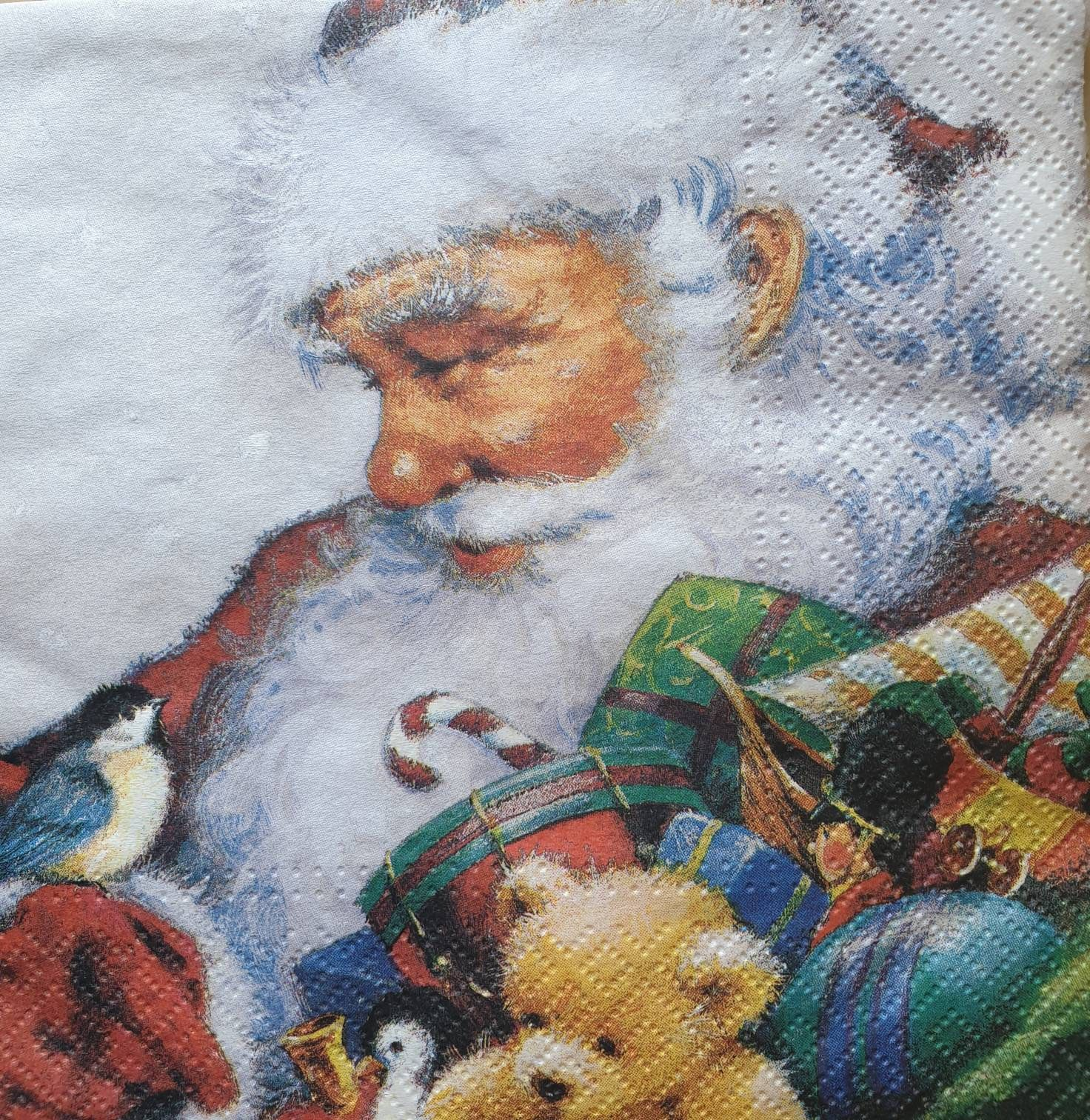 Christmas Napkins set of 5 Decoupage Napkins Paper Christmas crafts supply decoupage Scrapbooking Paper Craft Projects
