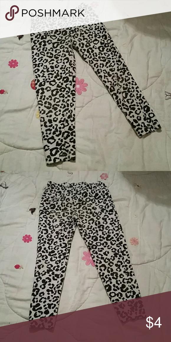 d2405edc60ec5 Faded Glory Leggings Black and white, leopard print leggings Bundle deals  available! Faded Glory Bottoms Leggings