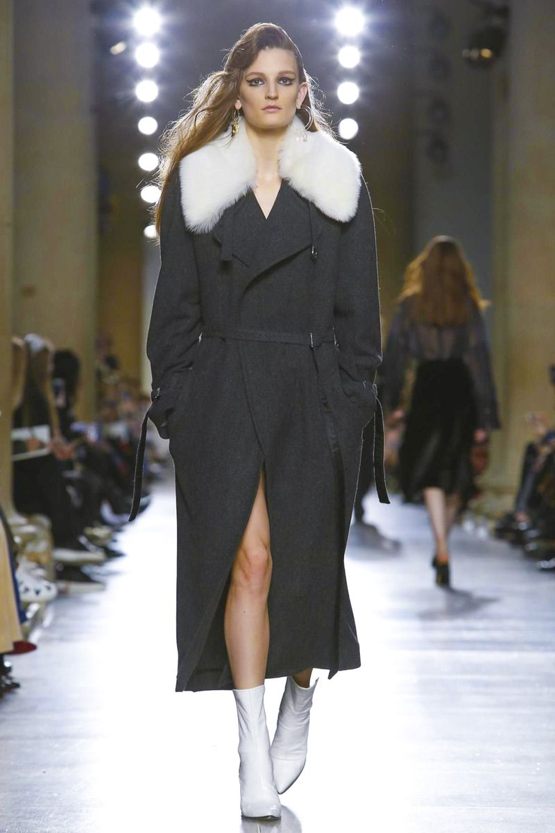 Fashion week Fall topshop winter collection for lady