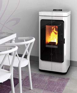 Thermorossi S P A Wood And Pellet Stoves Boilers And Thermocookers Solar Panels Heating Technologies And Str Pellet Stove Stove Inset Stoves