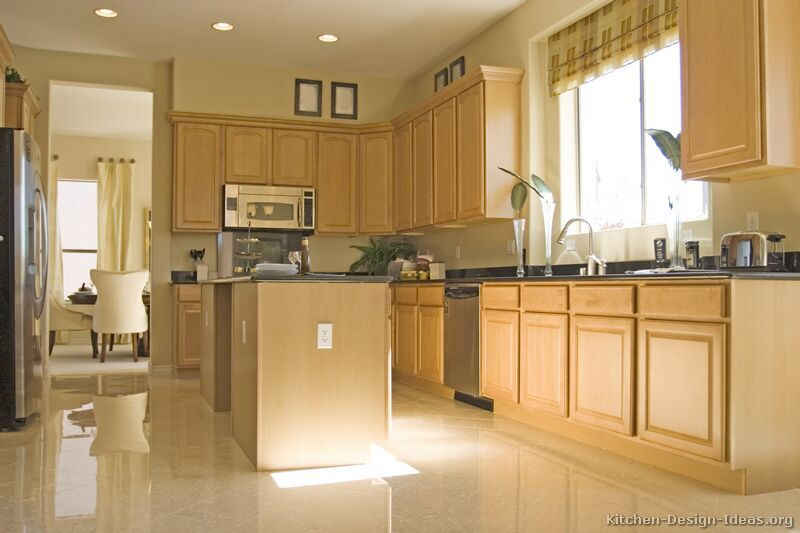 Traditional Light Wood Kitchen Cabinets, Kitchen Cabinets Light Wood