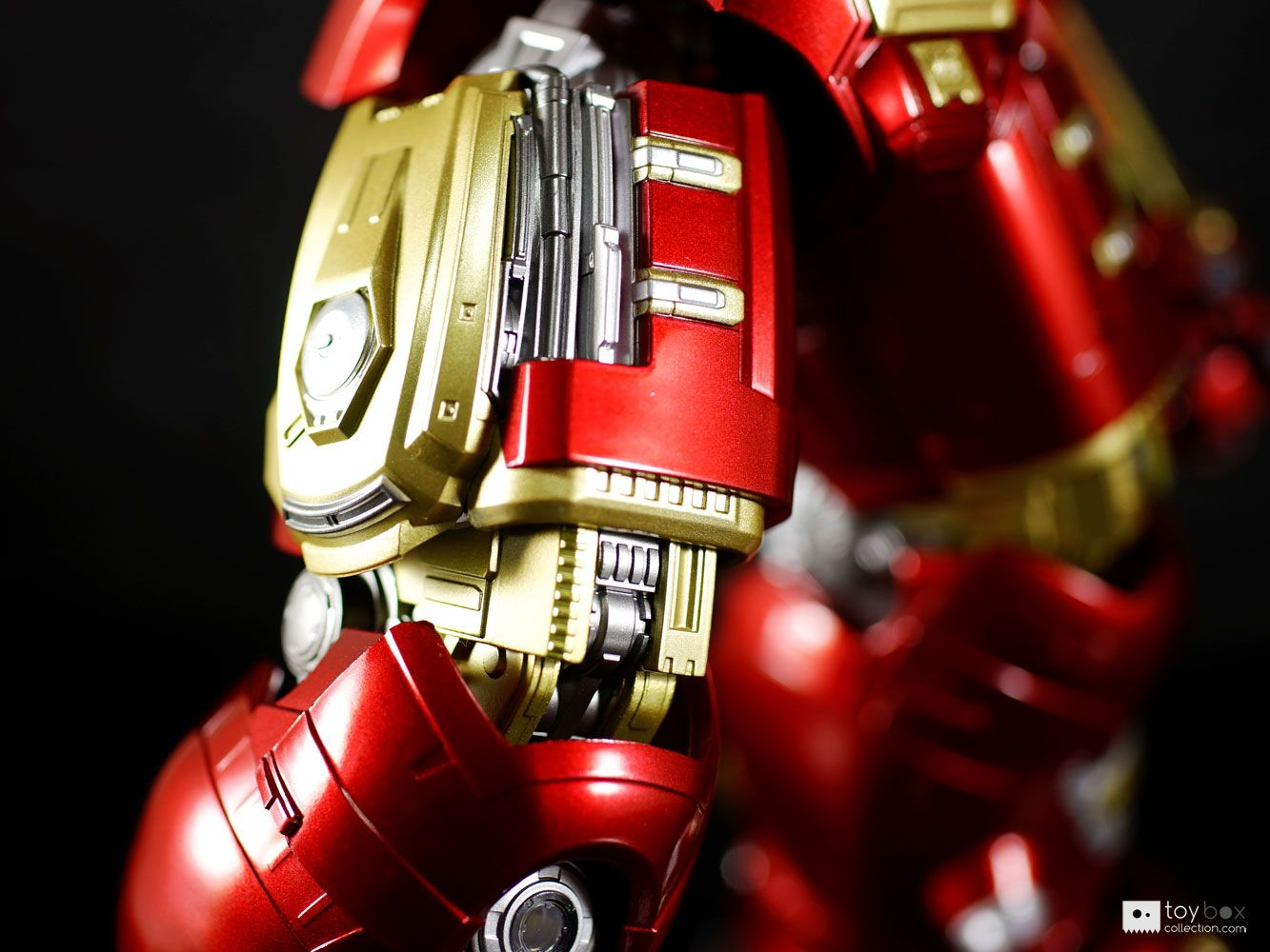 Chogokin x S.H.Figuarts Iron Man MK44 Hulkbuster Review | Toyboxcollection