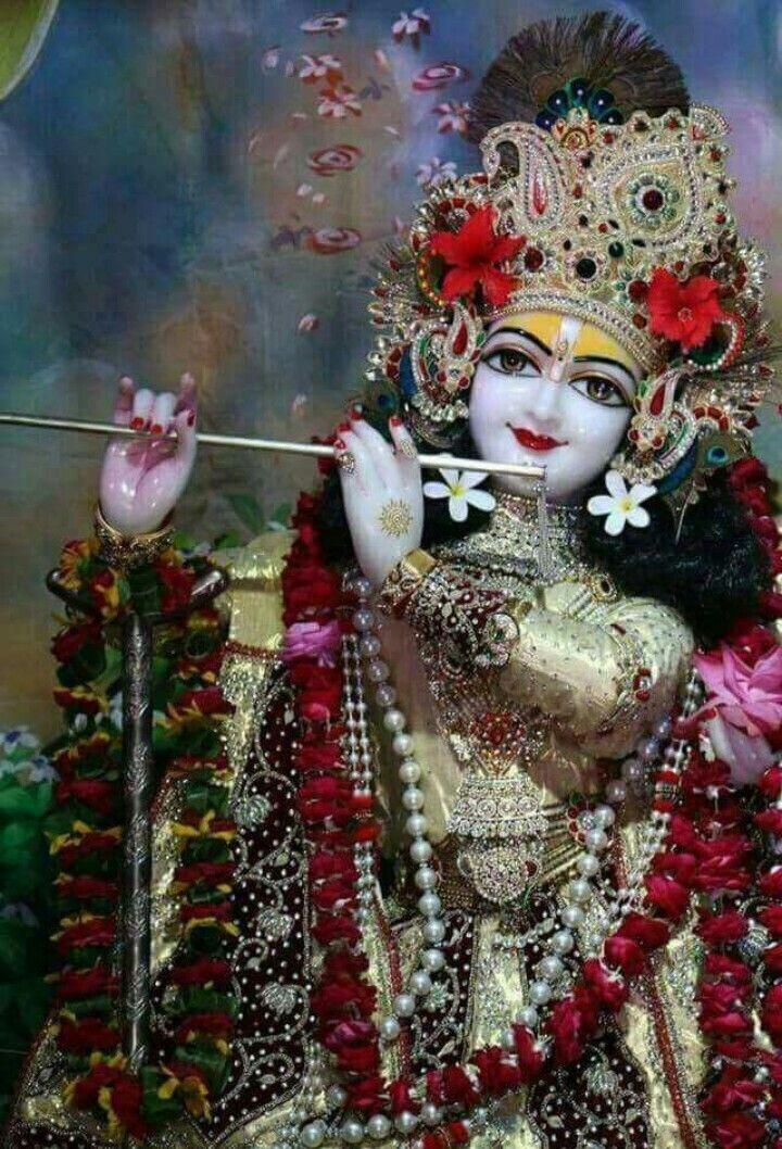 Pin By Cutesasha On Lord Krishna Krishna Wallpaper Lord Krishna Hd Wallpaper Radha Krishna Wallpaper