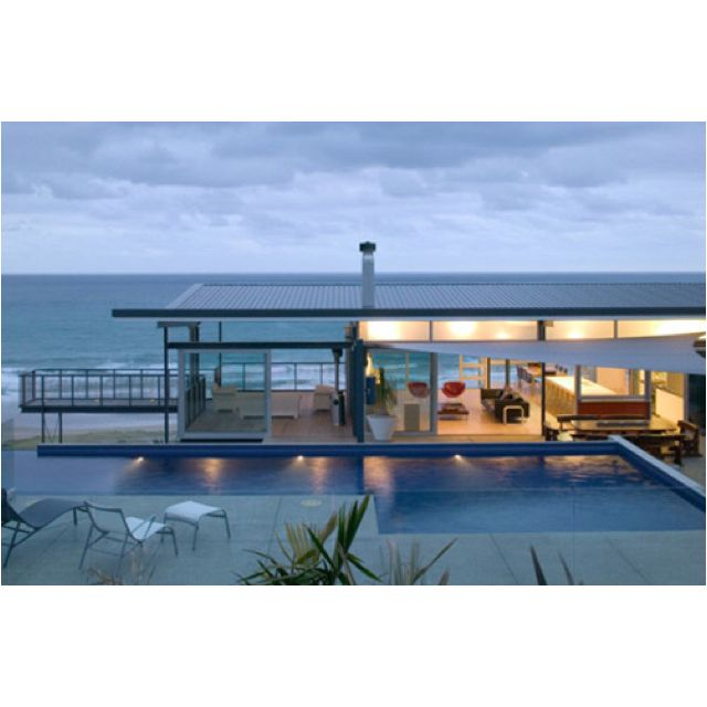 Okitu house by pete bossley architects inc okitu house designed by pete bossley is a contemporary beach house with stunning views and exceptional design