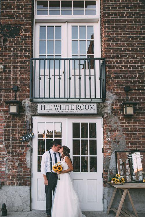 Jenna Jesse Machusetts Wedding Photographers Root Bud Weddings Worcester