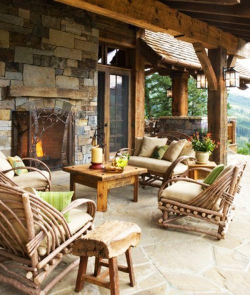 Garten gestalten mit holz  veranda mit Naturstein gestalten garten holz möbel stangen | Bitte ...