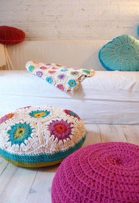 Crocheted Poufs and Rugs | Cosas que me encantan | Pinterest ...