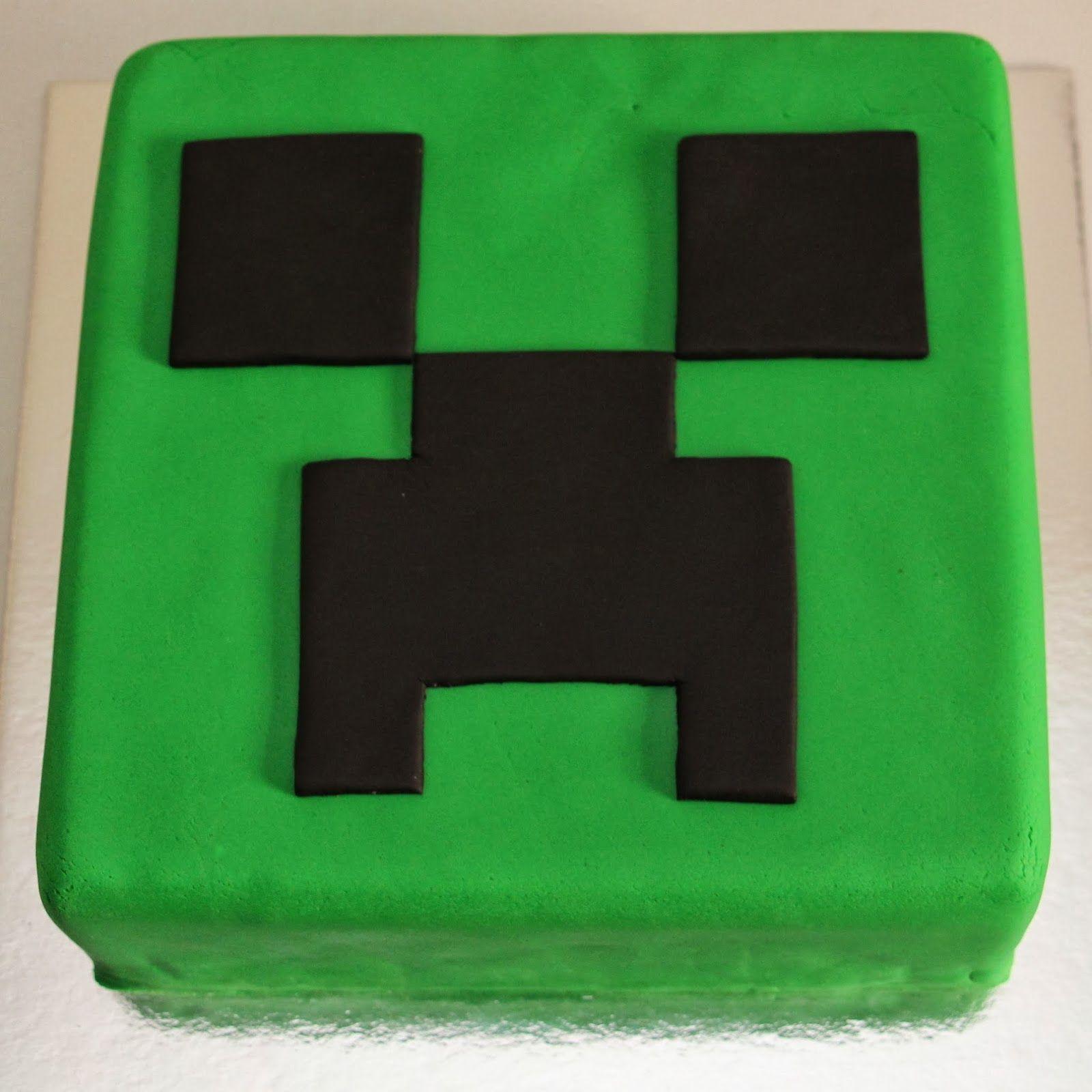 Feeling A Bit Creeper Y Minecraft Birthday Cake Creeper Cake Minecraft Cake