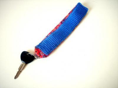 Schlüsselband mit Ring (blau / Blumenmuster) - Vorderseite