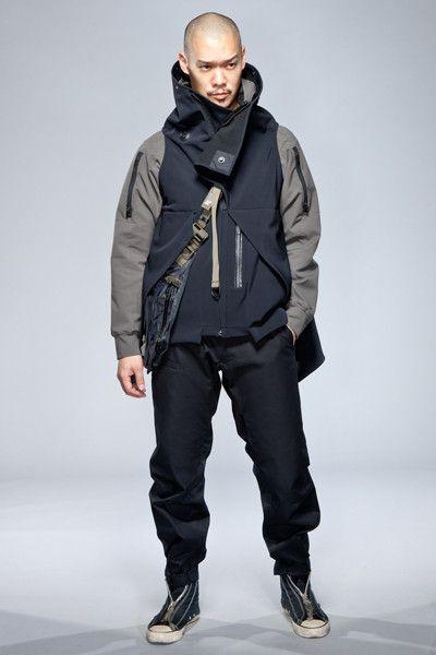 Acronym is the perfect retailer for the cyberpunk dystopia. futuristic fashion, future fashion, cyberpunk fashion