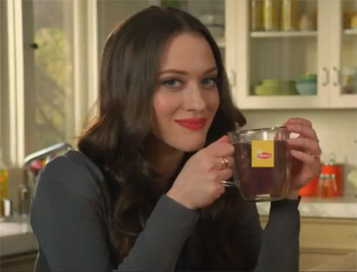 Interesting Facts about 2 broke girls star Kat Dennings