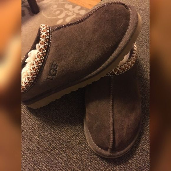 9fb8e66a48e UGG slippers SIZE 3 In very good condition - size 3 (kids) size 5 ...