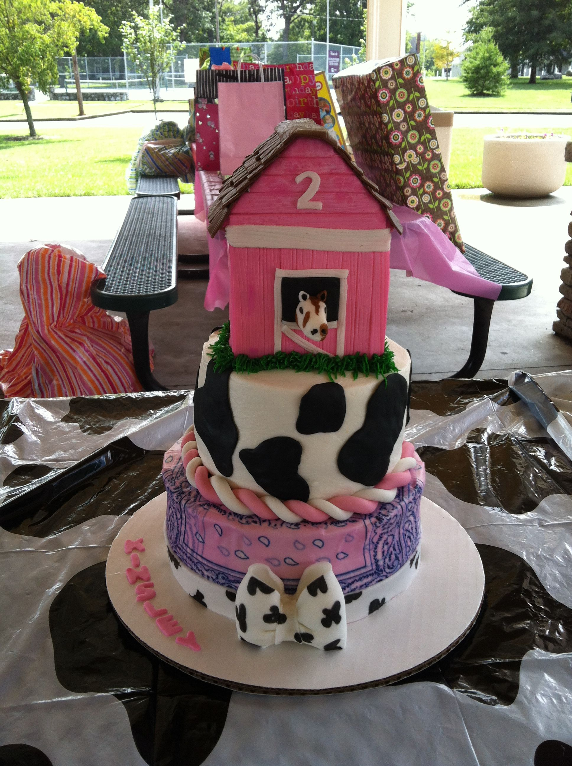 Girl Farm theme cake My cakes :)))) Pinterest Farm ...