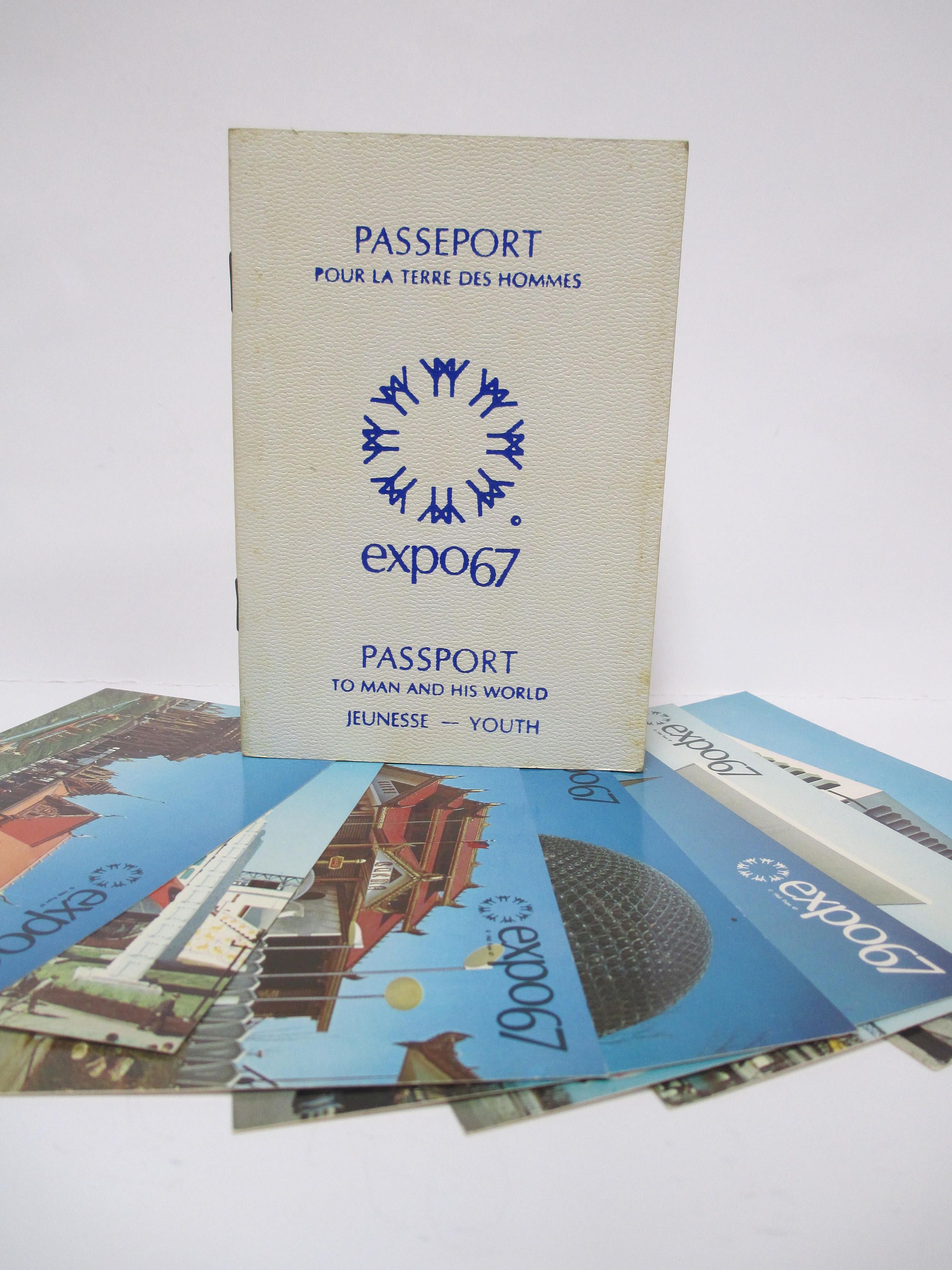 Vintage Youth Passport 1967 Montreal Expo With 6 Unused Postcards