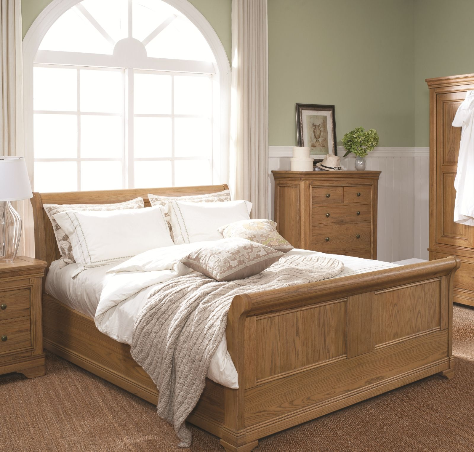 Elegant LIVINGSTONE TRADITIONAL OAK BEDROOM / LOUNGE/ DINING FURNITURE #OakFurniture