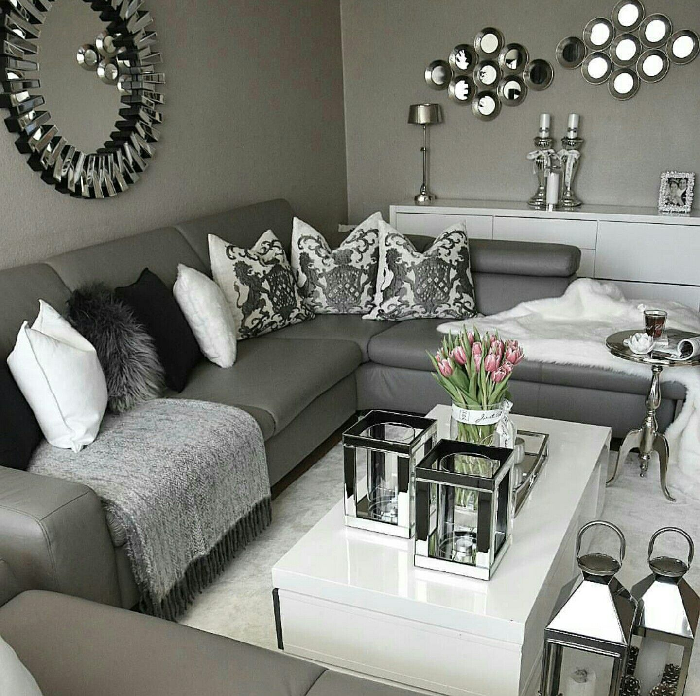Pin von Karla Jones auf EXQUISITE LIVING ROOMS | Pinterest | Neue ...