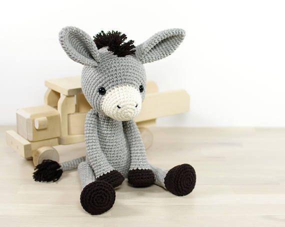 Crochet doll PATTERN | amigurumi pattern | frame doll | crochet ... | 454x570
