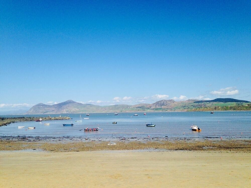 Porthdinllaen, Llyn Peninsula, North Wales. Our Top 5 places for Family Holidays on the Llŷn Peninsula, North Wales - TYPICAL MUMMY #northwales #llynpeninsula #familytravel #northwales