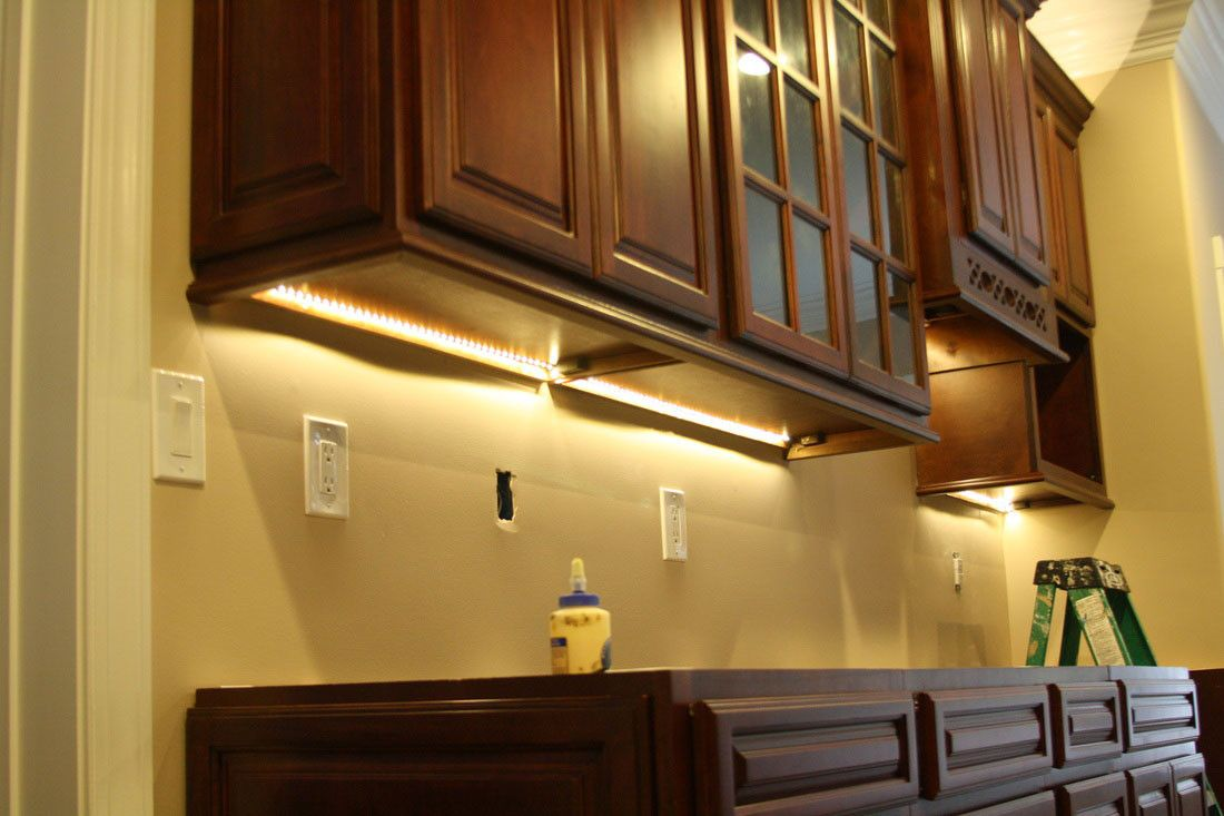 pin by rahayu12 on interior analogi in 2018 pinterest cabinet rh pinterest co uk kitchen under cabinet led lighting ideas Lighting Ideas Kitchen Counter