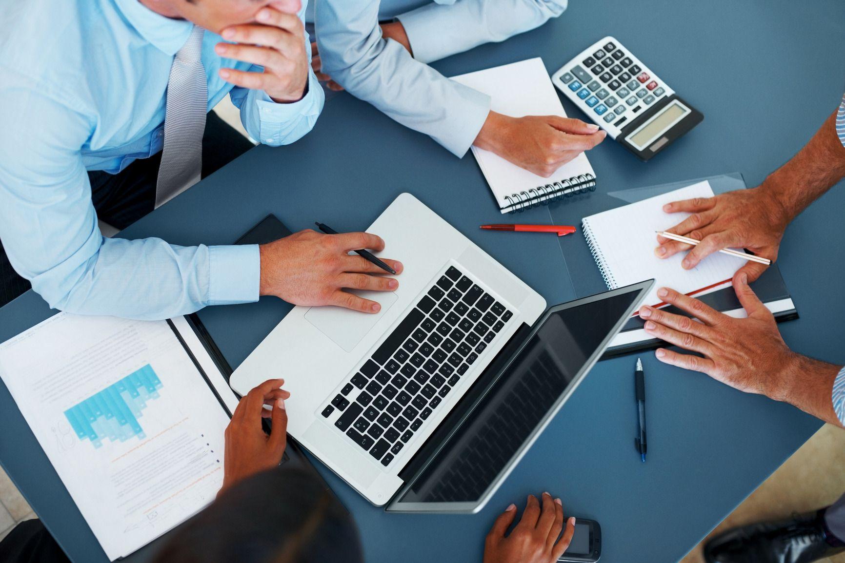 Business Meeting Wallpaper Wallpapersafari отчетность