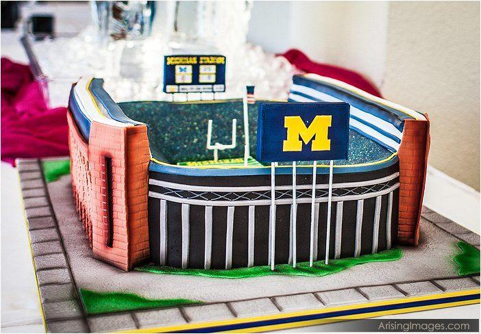 University Of Michigan Wedding Cake Now That S School Spirit