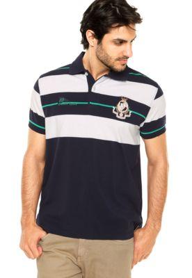 3eac4b2a2 Camisa Polo Aleatory Logos Azul/Branca, possui modelagem reta, mangas curtas,  abertura