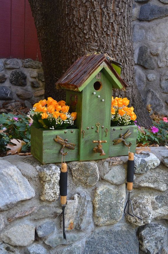 Birdhouse Planter Box This Is So Cute For The Happy Gardner Follow Me On Etsy Or Visit My Shop At Www Homemade Bird Houses Birdhouses Rustic Bird House Kits