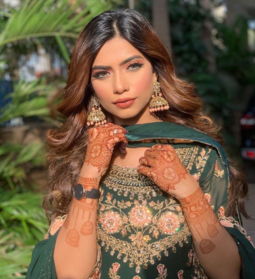 Follow me Yashika Singhaniya | viah dress/jewelry in 2019