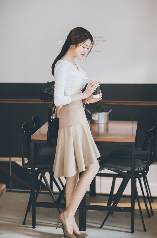 Pin by tessatestarossa on jung yoon   Fashion outfits ...