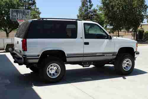 1999 Chevy Tahoe Ls 2 Door 4x4 Only 14k Original Miles 4 Lift 33 Images Frompo Chevy Tahoe Chevy Ford Pickup Trucks