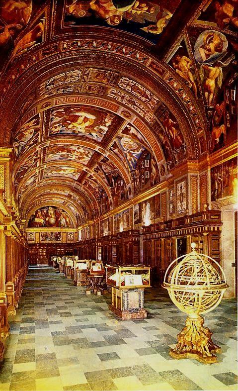 Real Biblioteca Del Monasterio Del Escorial Madrid España La Bóveda Que Cubre La Monasterio Del Escorial Monasterio De San Lorenzo Del Escorial Monasterios