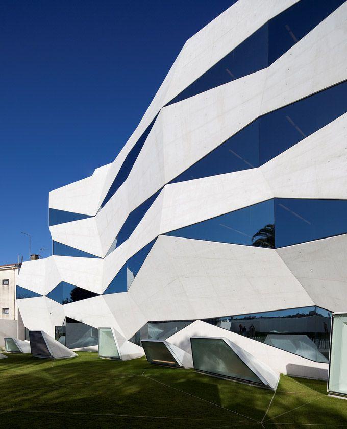 Vodafone Head Office   Portugal: The Architectsu0027 Wish To Reflect Vodafoneu0027s  Credo U201cVodafone Awesome Design