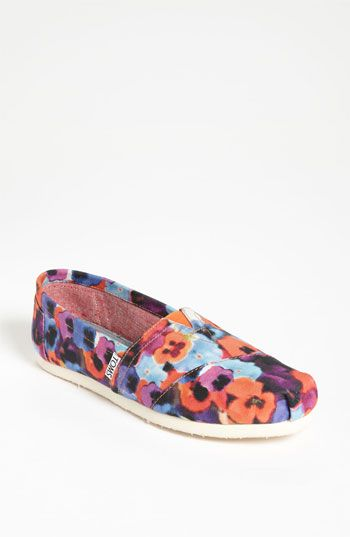 TOMS 'Classic - Oahu' Slip-On (Women) | Nordstrom  ahhhh totally want these:)