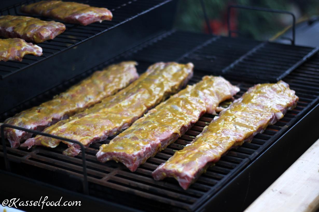 Spareribs Gasgrill Temperatur : Saftige rippchen spareribs marinade mit honig und senf rezept