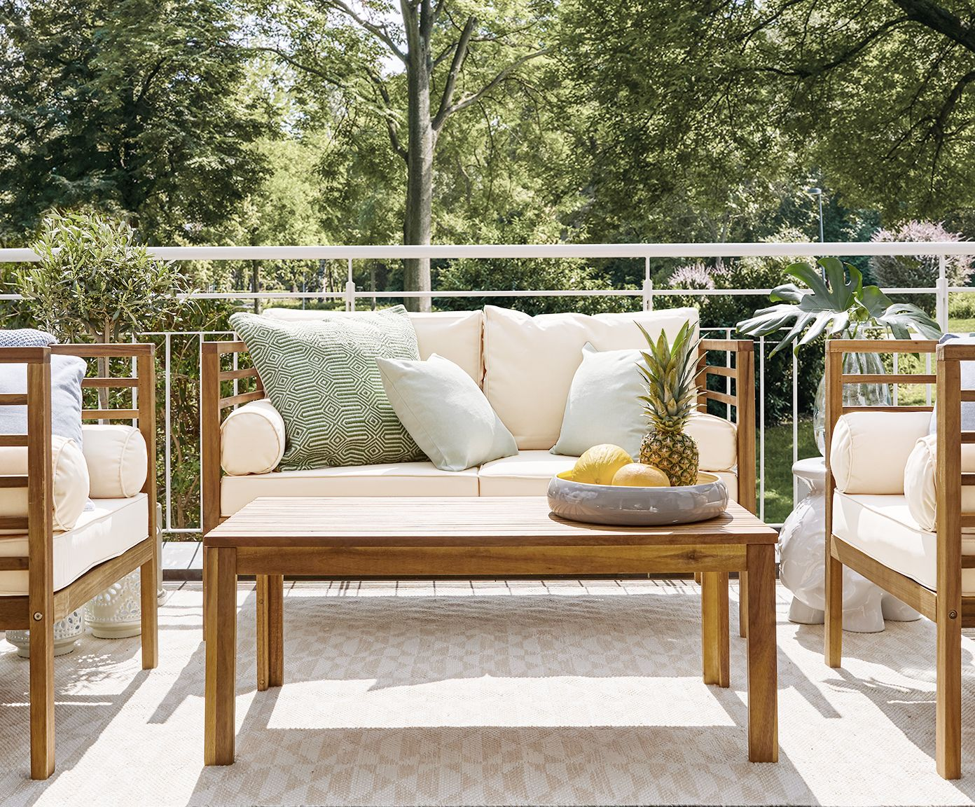 porch furniture outdoor lounge