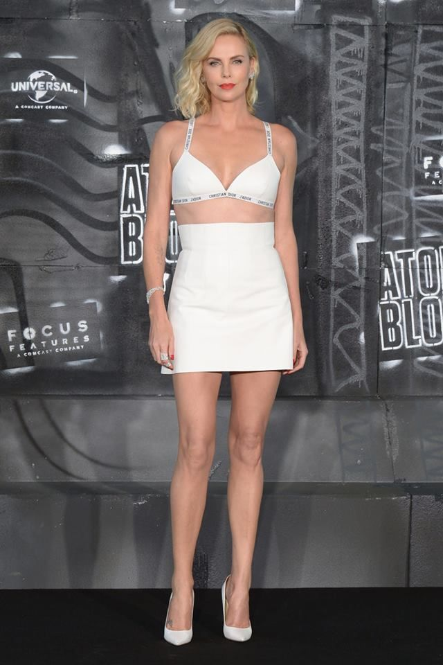3207d33e65 Charlize Theron Full Body