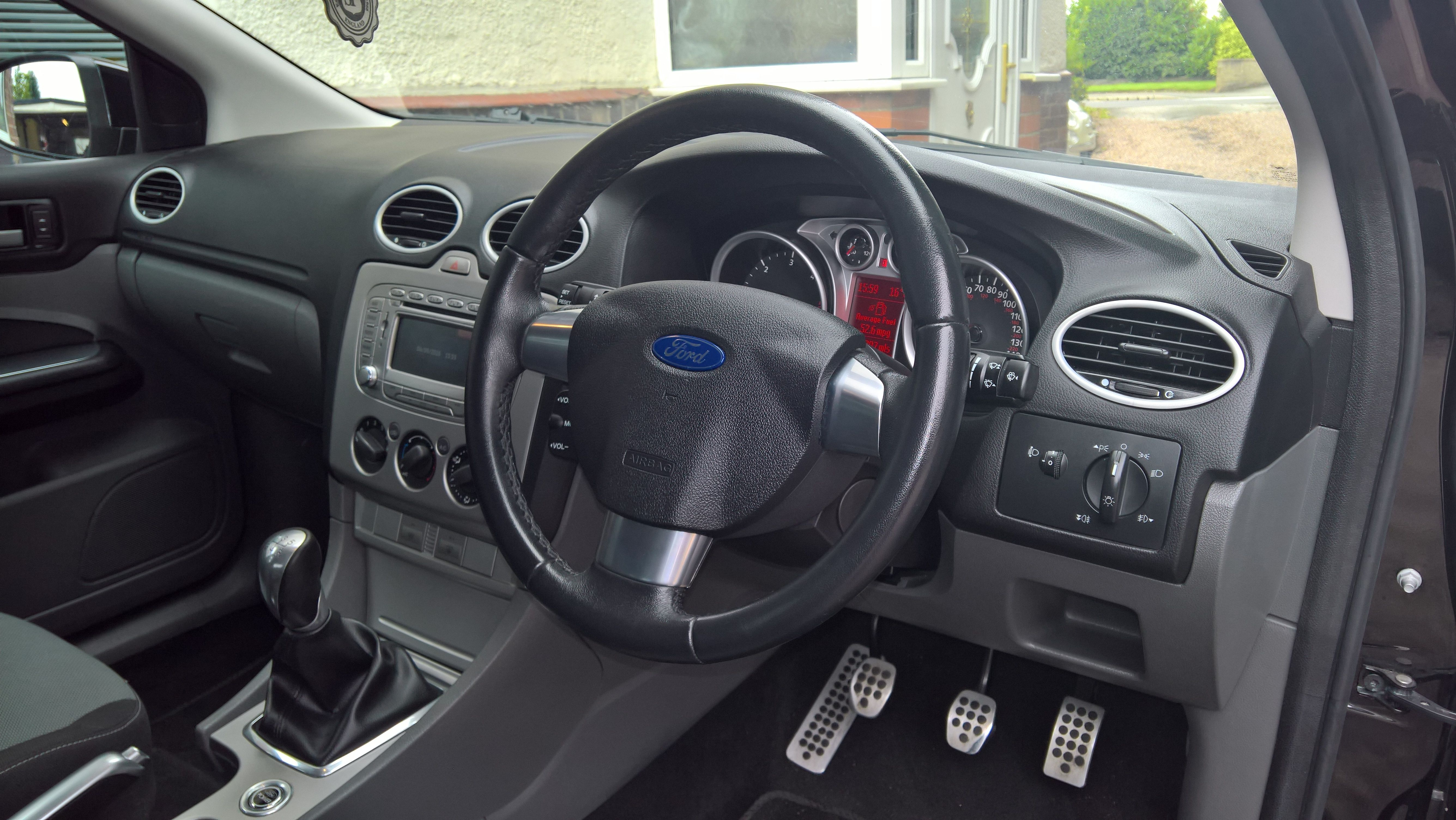 My Ford Focus Zetec S Dashboard Steering Wheel