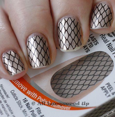 Sally+Hansen+Nail+Art+Stripes | Sally Hansen Salon Effects Nail ...