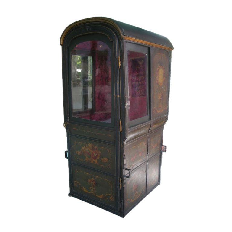 18th Century Louis Xvi Period French Sedan Chair 1stdibs Com 18th Century Sedan Louis Xvi