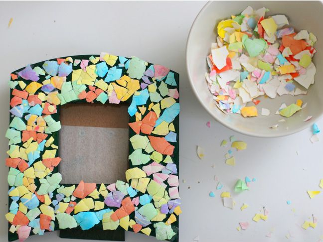 Crafts With Kids: Eggshell Mosaic