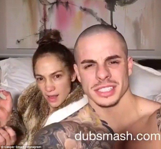 Jennifer Lopez Goes Makeup Free In Video With Casper Smart Jennifer Lopez Without Makeup Jennifer Lopez Jennifer Lopez Makeup