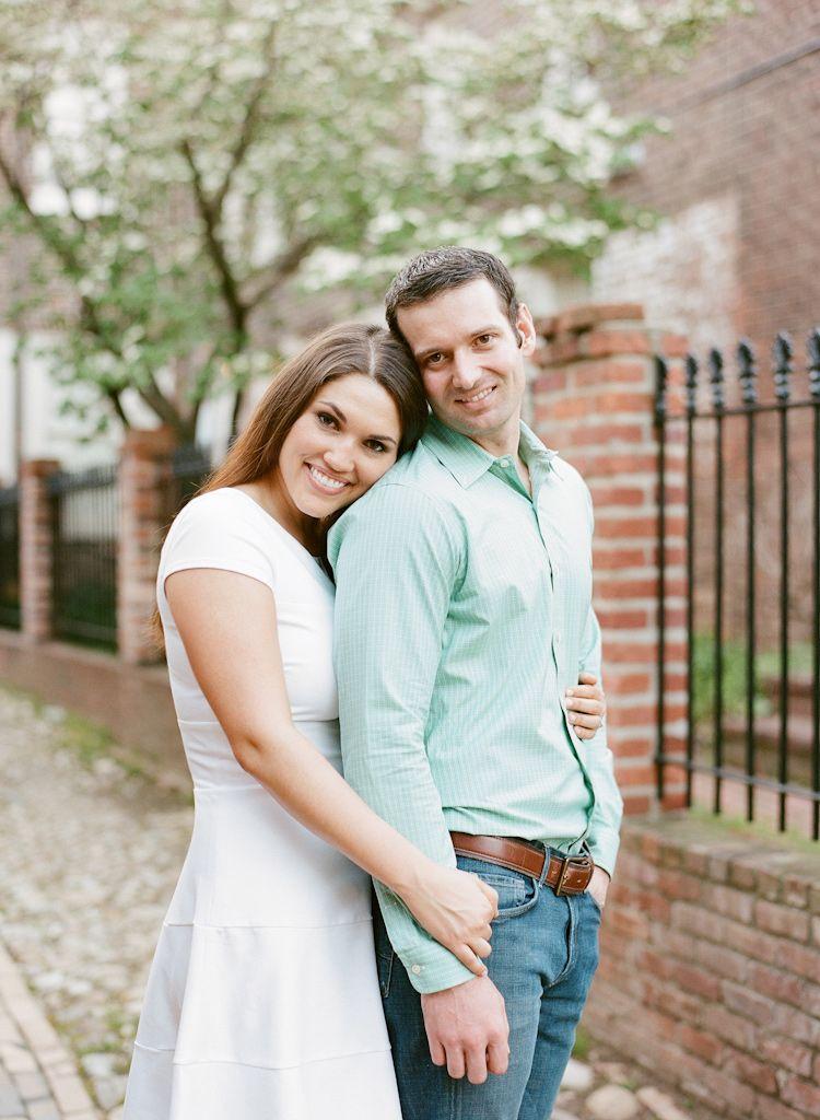 I like the pose. | Photography Pose Ideas - Couples ...