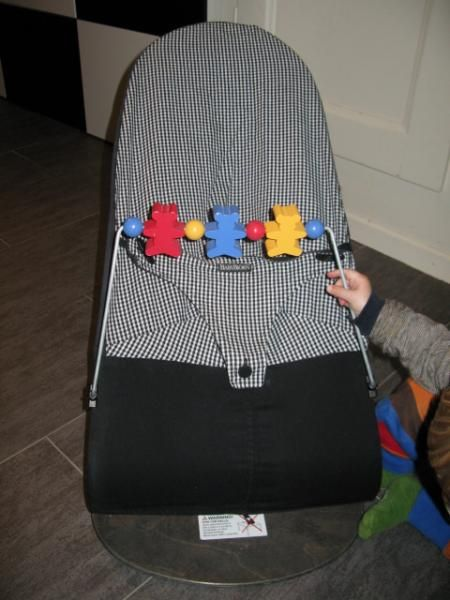 6a3ea609e5db Image result for baby bjorn bouncer black check   Matos bébé   Baby ...