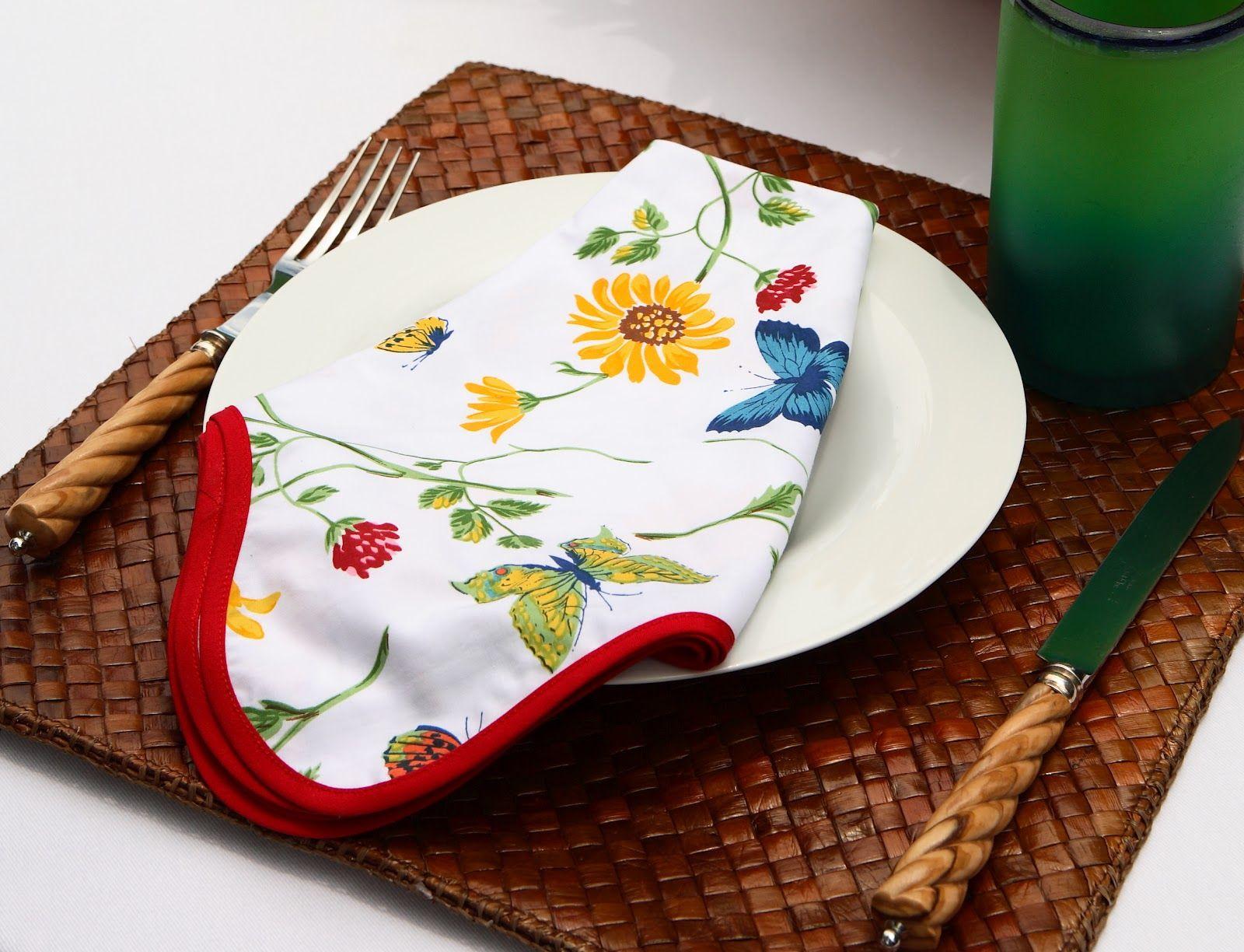 Colorful napkins for al fresco meals - D. Porthault